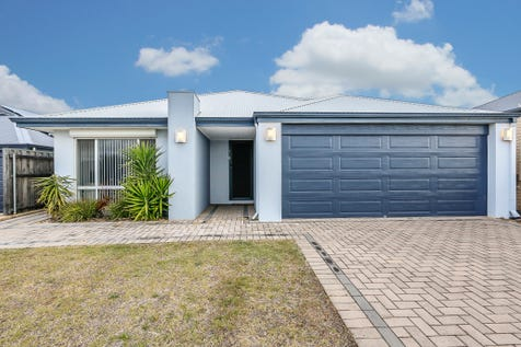 28 Windjana Pass, Ellenbrook, 6069, North East Perth - House / BIGGER IS BETTER!!! / Garage: 2 / Open Spaces: 2 / Secure Parking / Air Conditioning / Floorboards / Toilets: 2 / $479,000