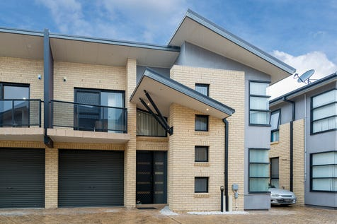 6/21-23 Mclachlan Avenue, Long Jetty, 2261, Central Coast - Townhouse / Townhouse Perfection / Garage: 1 / Air Conditioning / Alarm System / Toilets: 3 / $429,000