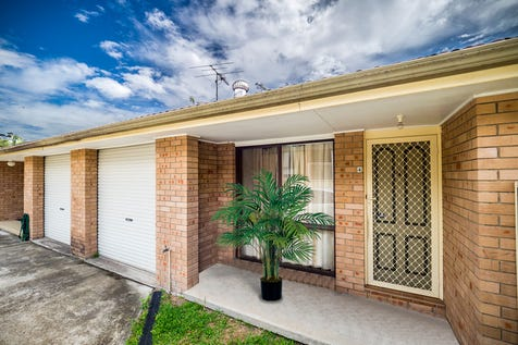 4/89 Yeramba Road, Summerland Point, 2259, Central Coast - House / CONVENIENCE & EASY LIVING / Balcony / Garage: 1 / Secure Parking / Air Conditioning / Toilets: 1 / $380,000