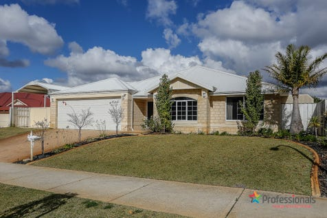 5 Erickson Pass, Ellenbrook, 6069, North East Perth - House / ELEGANCE, SPACE & WARMTH / Swimming Pool - Inground / Garage: 2 / Open Spaces: 4 / Secure Parking / Air Conditioning / Alarm System / Toilets: 2 / $720,000