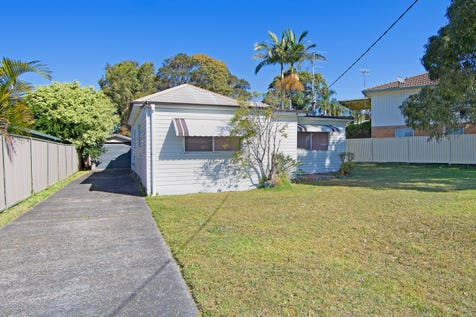 11 Alice Pde, Toukley, 2263, Central Coast - House / Outstanding Opportunity  / Garage: 1 / Living Areas: 561 / Toilets: 1 / $499,000