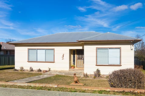 144 Margaret Street, Orange, 2800, Central Tablelands - House / Location location location! / Garage: 1 / $255,000