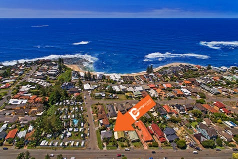 60 Bay Road, Blue Bay, 2261, Central Coast - House / DESIRABLE BEACHSIDE LOCATION / Garage: 1 / $840,000