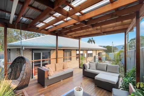 6 Belshaw Place, Bateau Bay, 2261, Central Coast - House / Selling with Blake & Craig ! / Balcony / Garage: 2 / Air Conditioning / Alarm System / $748,000