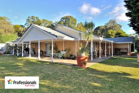 15 Craven Road, Mundaring, 6073, North East Perth - House / PRICE DROP!! 3.8 acres in FANTASTIC LOCATION!! / Swimming Pool - Inground / Carport: 2 / Air Conditioning / Toilets: 2 / $675,000