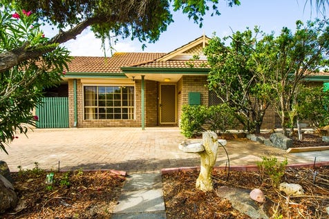 48B Railway Parade, Bayswater, 6053, North East Perth - House / A Baysie Village Home !! / Garage: 2 / Toilets: 1 / $419,000