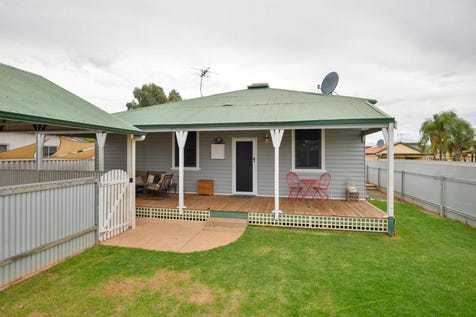 1/40 Wittenoom Street, Boulder, 6432, East - House / STOP PAYING RENT! / Carport: 2 / Secure Parking / Air Conditioning / Toilets: 2 / $199,000