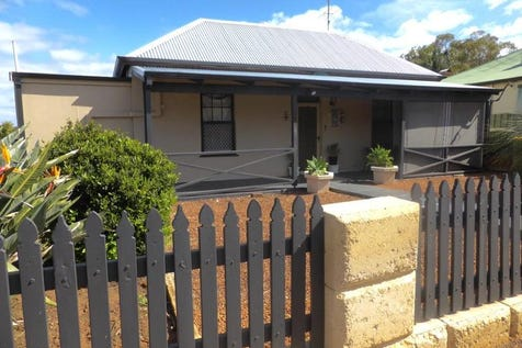 28 Selby Street, Northam, 6401, East - House / Selby Special / Garage: 2 / $298