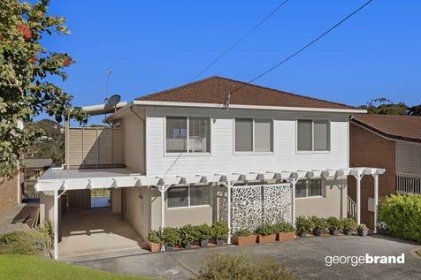 4 Fiesta Crescent, Copacabana, 2251, Central Coast - House / SEASIDE DUAL OCCUPANCY / Garage: 1 / $1,200,000