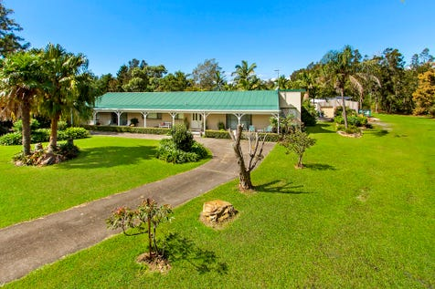 8 Dashwood Close, Wamberal, 2260, Central Coast - House / Dashing Wamberal Acreage / Balcony / Swimming Pool - Inground / Garage: 4 / Secure Parking / Air Conditioning / Alarm System / Floorboards / Toilets: 2 / P.O.A