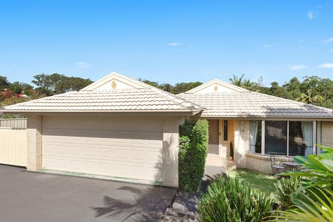 14 Stringybark Close, Terrigal, 2260, Central Coast - House / Immaculately presented north facing family home / Deck / Garage: 2 / Air Conditioning / Built-in Wardrobes / Dishwasher / Gas Heating / P.O.A