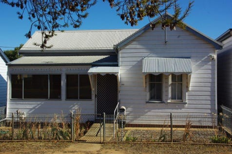 161 Percy Street, Wellington, 2820, Central Tablelands - House / Old world charm meets contemporary comfort. / Carport: 1 / Garage: 1 / P.O.A
