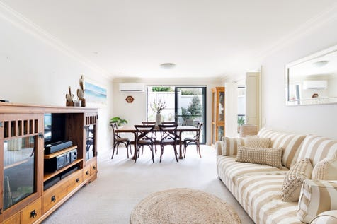 2/63-65 Central Road, Avalon Beach, 2107, Northern Beaches - Apartment / Sophisticated easy-care & spacious garden apartment / Garage: 1 / $1,159,000