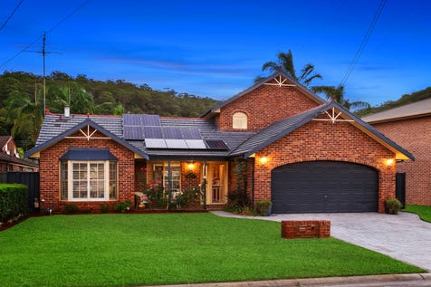 6 Lalla Place, Umina Beach, 2257, Central Coast - House / Large Home in Family Friendly Location / Carport: 2 / $1,000,000