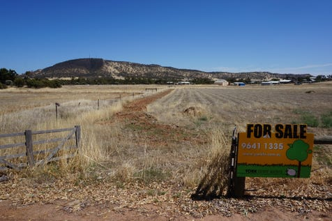 15 Cowan Road, York, 6302, East - Residential Land / Stunning Views, Great Location / $90,000