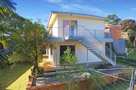 3 Seasound Crescent, North Avoca, 2260, Central Coast - House / Rare Beach-side Opportunity  / Garage: 2 / $1,030,000