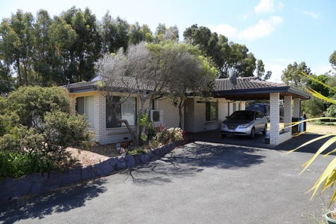 1 Ocean Street, Sinclair, 6450, East - House / BIG 1448SQM BLOCK / Carport: 2 / Garage: 1 / Secure Parking / Air Conditioning / Toilets: 1 / $340,000