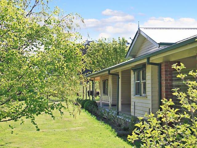 25 McGiffords Road, Fern Hill, Vic 3458