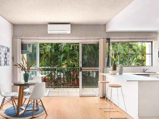 2/43 The Strand, North Ward, Qld 4810