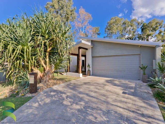 11 Holland Pl, Carindale, Qld 4152