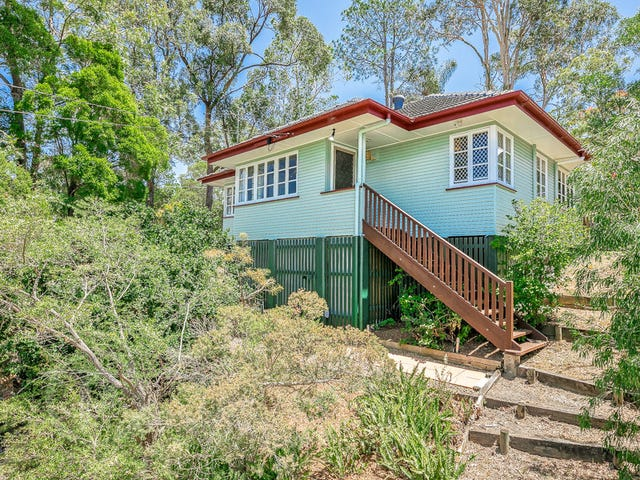 55 Allowrie Street, Stafford Heights, Qld 4053