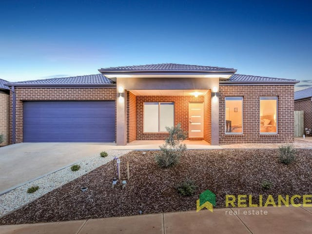 10 Toolern Waters Drive, Melton South, Vic 3338