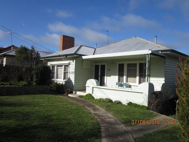 15  Douglas Crescent, Castlemaine, Vic 3450