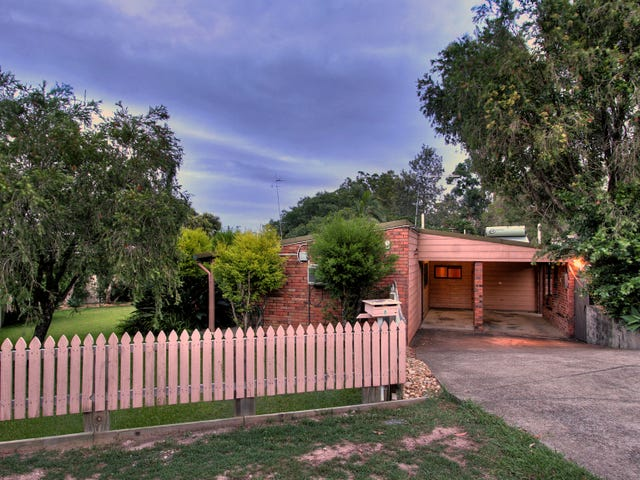 8 Uralla Crescent, Rochedale South, Qld 4123