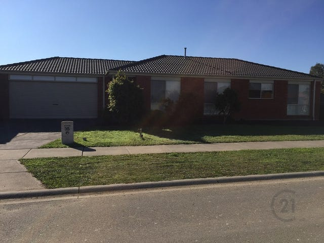 35 Oak Avenue, Longwarry, Vic 3816