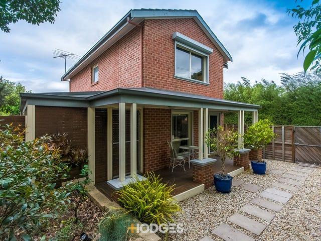 1/168 Minerva Road, Manifold Heights, Vic 3218