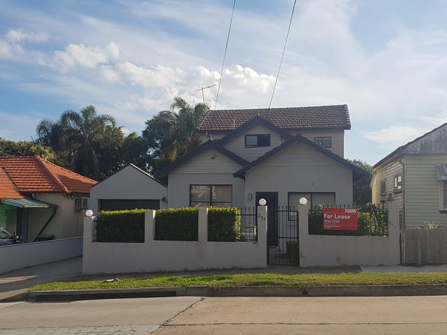 255 HOMEBUSH ROAD, Strathfield, NSW 2135