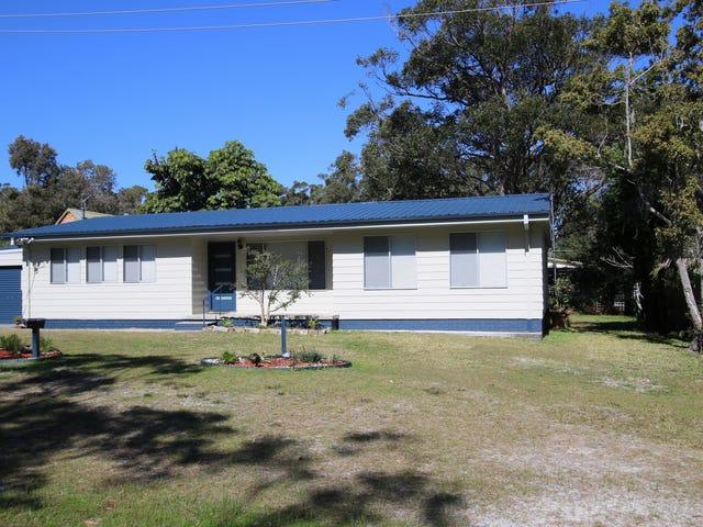 4 Flamingo Avenue, Hawks Nest, NSW 2324
