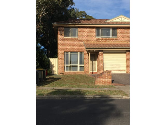9/1a Westmoreland Road, Minto, NSW 2566