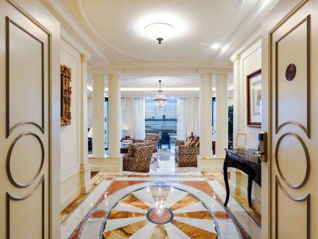 Versace Penthouse, Seaworld Drive, Main Beach, Qld 4217