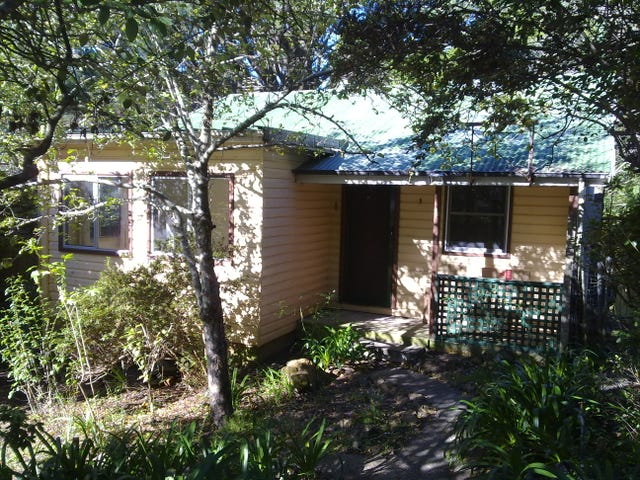 42 Taylor Avenue, Wentworth Falls, NSW 2782
