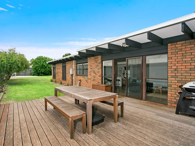 27 Hollywood Boulevard, Point Lonsdale, Vic 3225