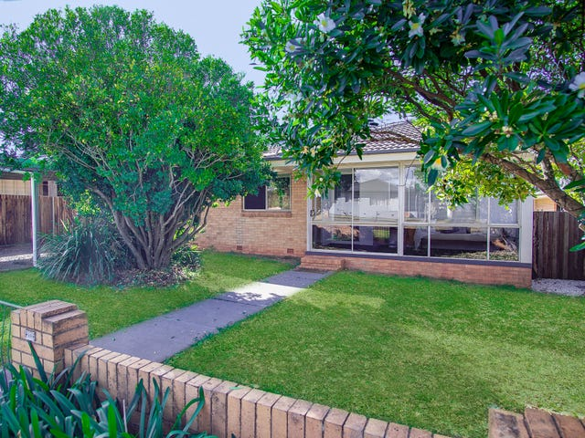 11 Doherty Street, Rockville, Qld 4350