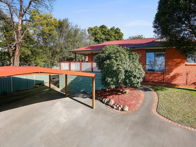 33 Russell Street, Mount Evelyn, Vic 3796