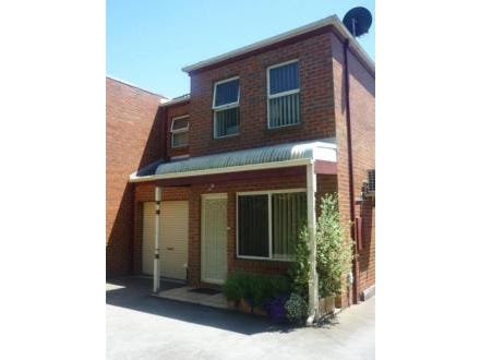 4/11 Cullen Court, Spotswood, Vic 3015