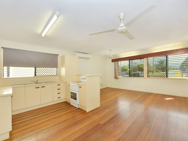294 Pease Street, Edge Hill, Qld 4870