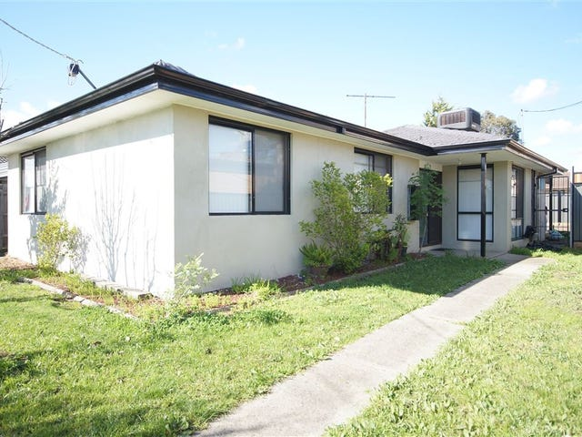 22 Woodburn Crescent, Meadow Heights, Vic 3048
