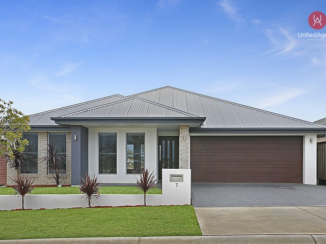 7 The Hermitage Way, Gledswood Hills, NSW 2557