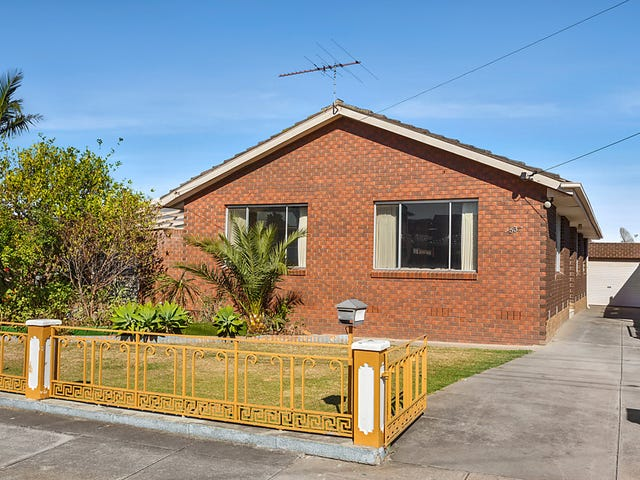 53 Montpellier  Drive, Avondale Heights, Vic 3034