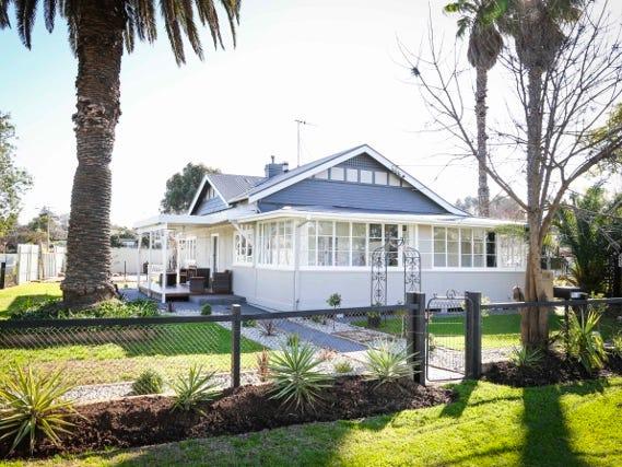 1 Tulipwood Road, Leeton, NSW 2705