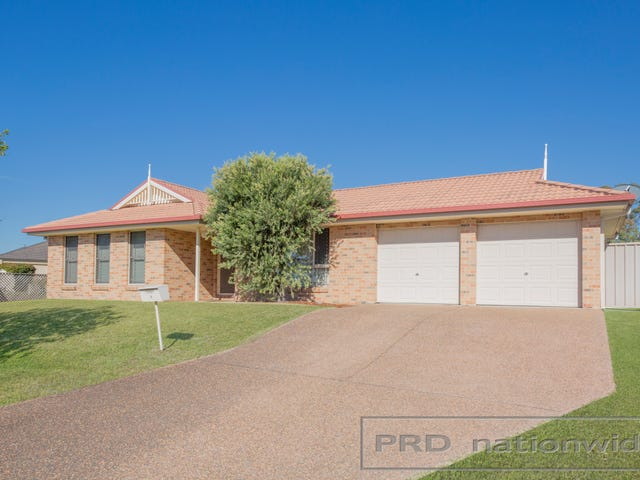 8 Monaghan Circuit, Ashtonfield, NSW 2323