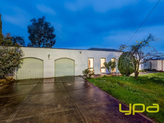 13 Cook Road, Melton South, Vic 3338