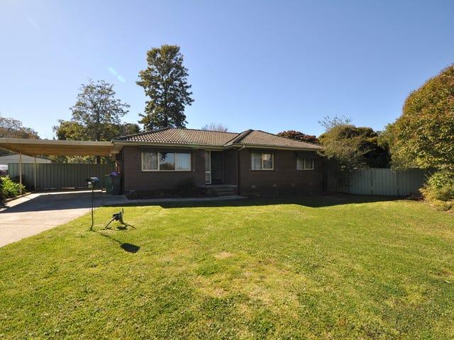 12 Curringa Place, Lavington, NSW 2641