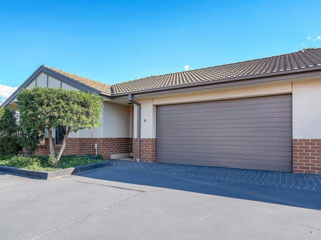 10/12 Denton Park Drive, Rutherford, NSW 2320