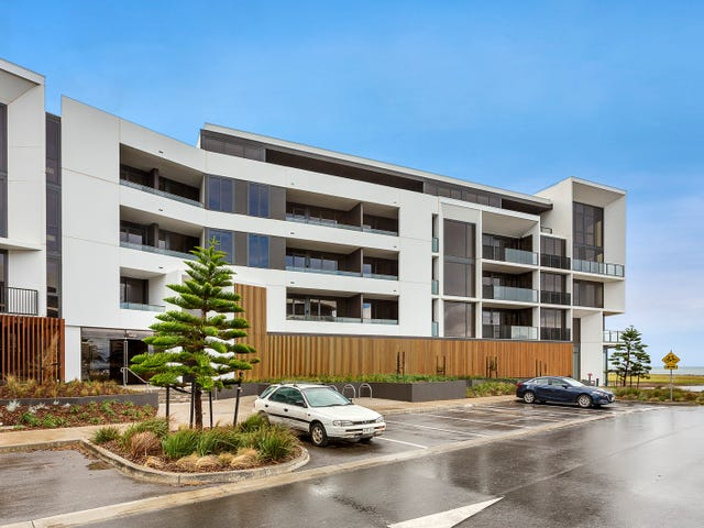 3.08/33 Quay  Boulevard, Werribee South, Vic 3030
