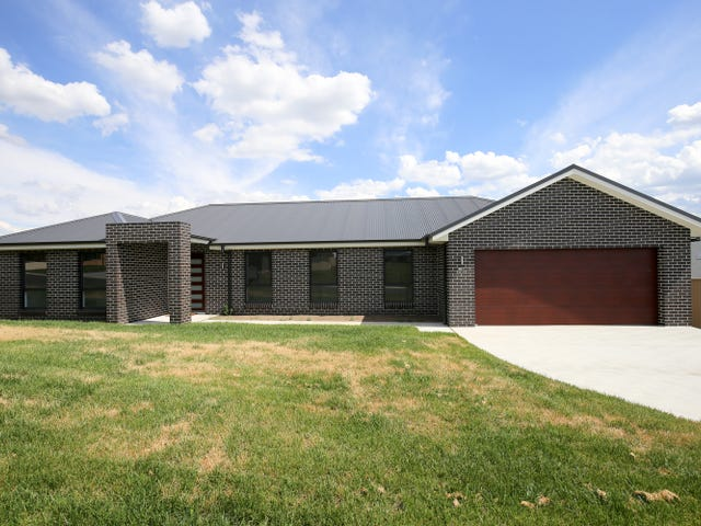 61 Graham Drive, Kelso, NSW 2795